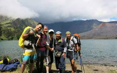 hiking-rinjani-mountain